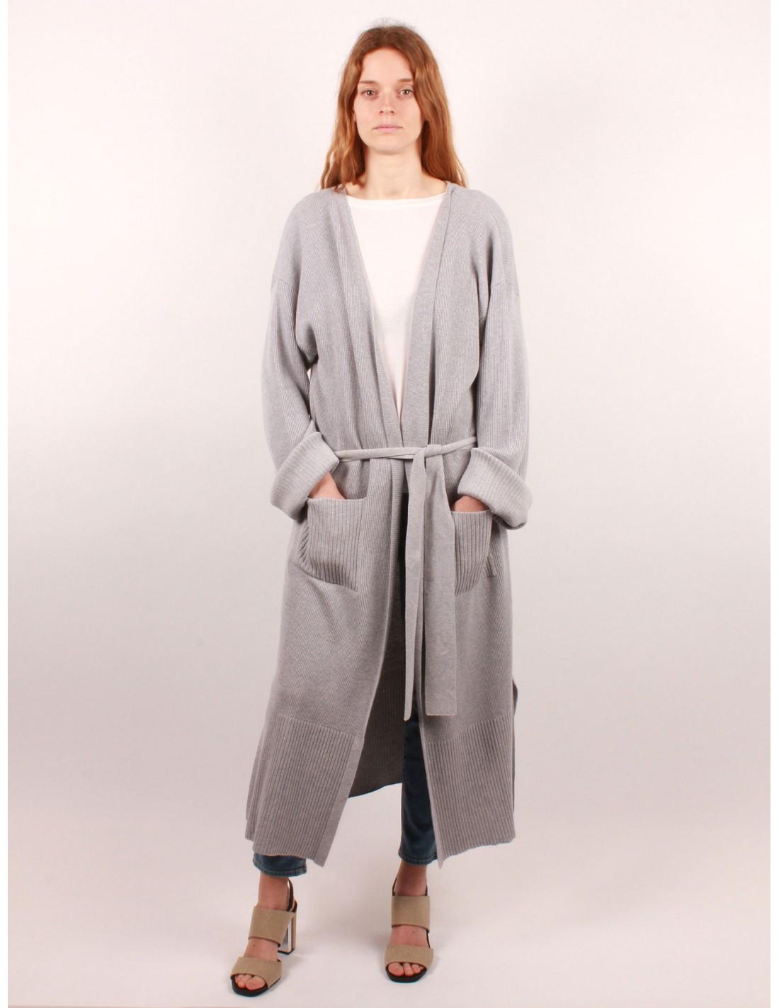long cardigan fa on peignoir en coton gris fine edge pour femme serie noire. Black Bedroom Furniture Sets. Home Design Ideas