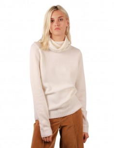 Turtleneck pullover in cream cashmere barbara bui
