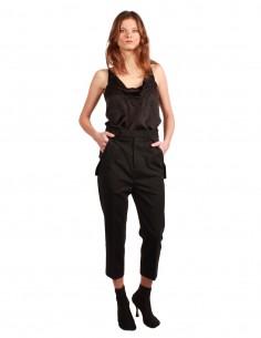 Pantalon cargo en laine noir.