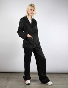 Veste style Pyjama façon Cache Coeur noire avec logo