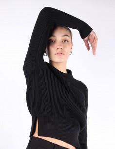 Pull noir AMI pour femme cropped fentes côtés