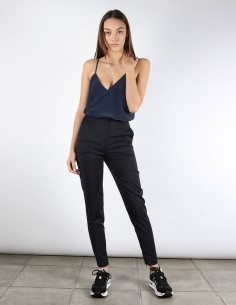 BUI navy cigarette pants with ankle zip