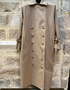 TOTÊME Pisa beige trench with twisted sleeves
