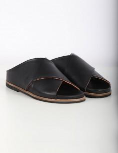 Sandales croisées GANNI en cuir noir