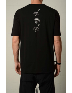 Black tee with white print on back thom krom