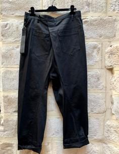 Pantalon japonais noir avec fermeture asymétrique JULIUS