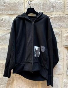 Sweat à capuche noir zippé et imprimé JULIUS