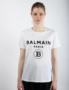 White T-shirt with black logo in Balmain cotton.