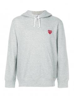 COMME DES GARCONS PLAY sweat gris à capuche avec patch petit coeur rouge