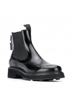 "OFF-WHITE Black patent leather ""Chelsea Boots"" for women"