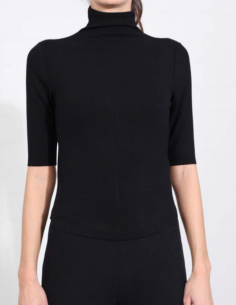 THOM KROM Black tee with funnel ribbed neck