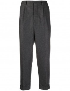 GREY PLEATED CARROT PANTS