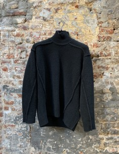 Black High Collar Yack Stitching Sweater