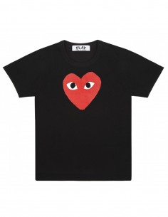 cdg play Black tee with big red heart