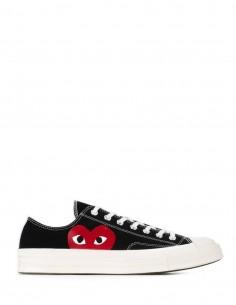 Black low mono heart COMME DES GARÇONS PLAY x CONVERSE sneakers