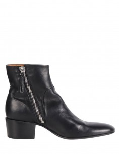 "PREMIATA ""31657"" black boots with small heel and front cut in leather"