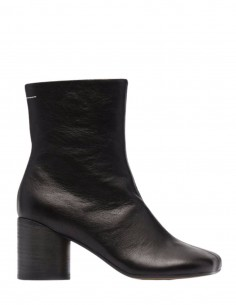 """MM6 black leather """"Tabi"""" style boots with cylindrical heel - FW21"""