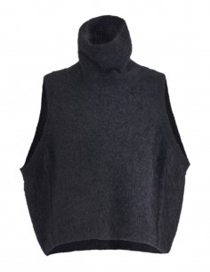 isabel benenato Sleeveless black pullover in wool