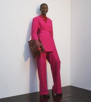 Les vêtements et accessoires AMBUSH pour femme